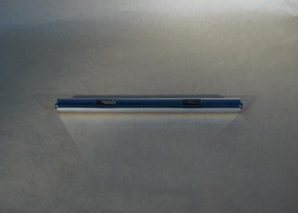 USM Haller tube 250 à trou oblongs, connecteurs inclus