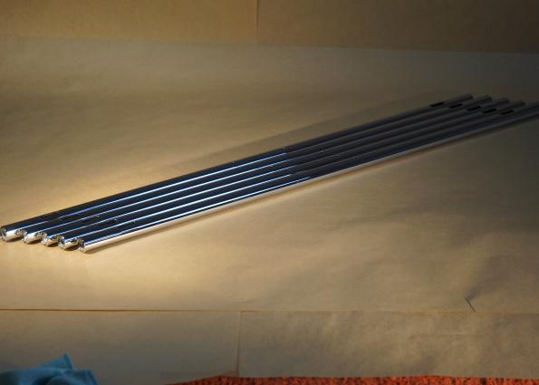 USM Haller tube 750 par 5, à trou oblongs, connecteurs inclus